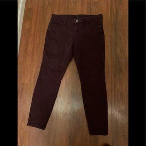 3/20$ R jeans burgundy skinny jeans size 32